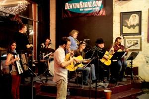 Le Not So Hoy Klub du Denton - Gypsy Jazz tonight!