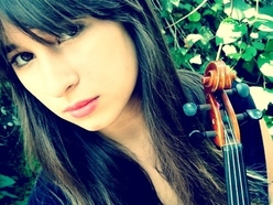 Ruby Jane - Vocalist and fiddle/violin player