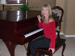 Lynne Cadena